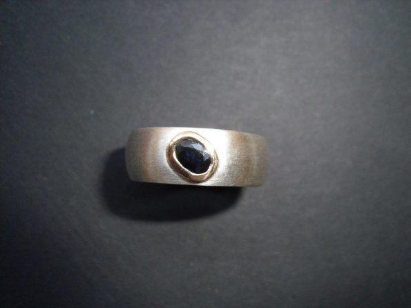 925er Silber, 750er Gold, Saphir